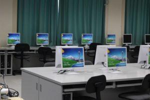 小学校コンピュータ室