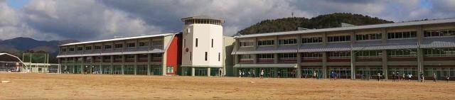 小学校全景